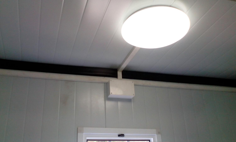 Conjunto modular- Detalle luz lavabo
