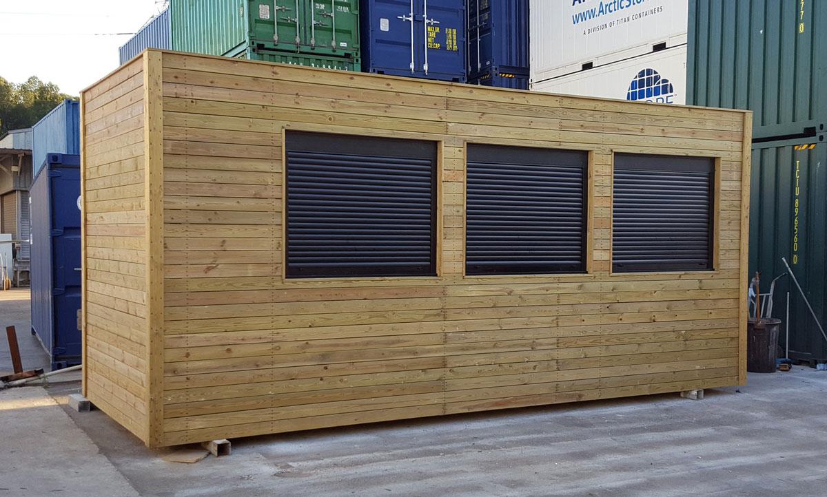 M dulo prefabricado forrado de madera zarca for Estanques artificiales o prefabricados